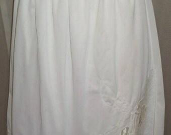 ON SALE Vintage Movie Star White Nylon Half Slip Lace XX Large Floral