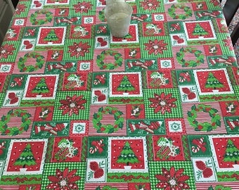 Christmas Sale Vintage 1970s Christmas Tablecloth PATCHWORK Design Large Oblong Red Green