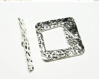 20% OFF Toggle Clasp - Antiqued Silver Pewter - Extra Large Textured Square Toggle (1 clasp) - Tog217