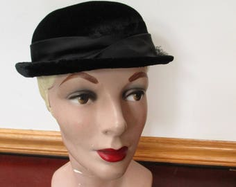 Women's Vintage Bowler Top Hat~  Roll Brim Derby Fedora