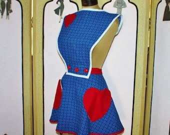 Summer Sale 20% Off Vintage Convertible Apron Reproduction. Made with Vintage Fabric from a Vintage Pattern. Sz. L XL