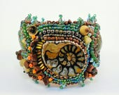 Excavation Bead Embroidered Cuff