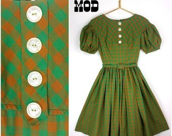 Completely Amazing & Unique Vintage 50s 60s Pop Art Green and Orange Plaid Full Circle Skirt Dress with Puff Sleeves