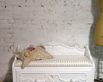 Painted Cottage Chic Shabby Romantic French Dresser / Chest CH905