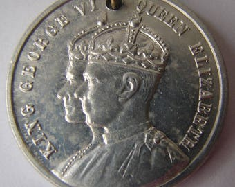 1937 CANADA ROYAL CORONATION  Coronation medal of George 6th and Queen Elizabeth With Ribbon