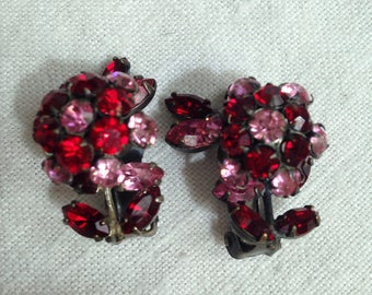 Schreiner Trembler Flower Earrings Red and Pink Rhinestones Unsigned