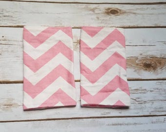 Pink Chevron suck pads/drool pads/zig zag/chevron/pink/girly/chic/babycarrier/accessories/SSC