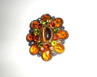 Beautiful Vitnage Rhinestone Brooch Pin
