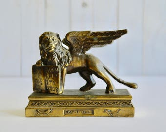 Vintage The Lion of St. Mark the Evangelist Venice Venezia Winged Lion Figurine Hollywood Regency Metal Bronze