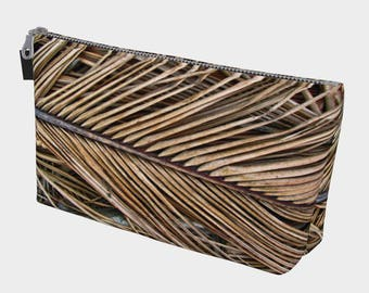 Dried Palm Fronds Make Up Bag