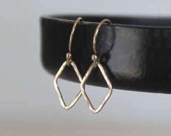 Tiny Geometric Earrings, Hammered Dainty Minimalist Earrings, Gold Filled, Dainty Diamond Shaped Wire Earrings