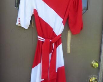 80S  GOLDWORTH   2 tone red and  white chevron  striped dress   sz 9-10  usa made
