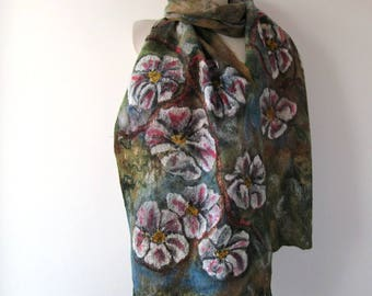 Nuno felted scarf Green white felt scarf Women felted  scarf Women floral shawl Spring flower scarf Apple blossoms flower pink sakura flower