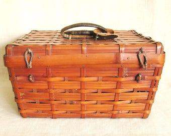 Vintage Bamboo Picnic Basket, Storage, Knitting, Craft, Organization, Studio, Large, Kitchen, Decorative, Asian Style, Preppy, Rustic Decor