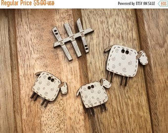 SALE Wood Sheep & Fence Buttons by The Bee Company, 2 Hole Sew On Buttons, Packaged Set 4 Buttons, Embellishments, Crafts, Sewing, Quilting