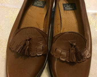 Nice Never Worn Tassel Loafers by Sellby size 11 Narrow