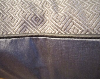 LEE JOFA Pillow Cover 20 x 20 Gray Putty Welting Very Luxurious To The Trade Stunning!