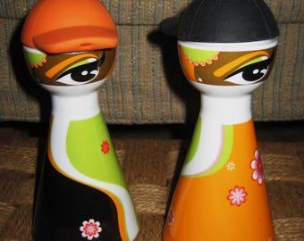 Retro 70's oil & vinegar dispensers-great colors