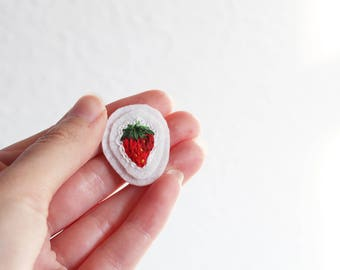 Strawberry- hand embroidered patch, sew on, felt, red, fruit, summer