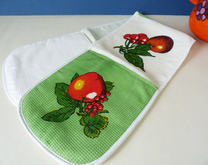 Pot Holder Oven Glove / Mitt by Causeway England Vintage Linens 1960's