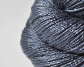 Stormy gray sea - Silk/Merino DK Yarn superwash