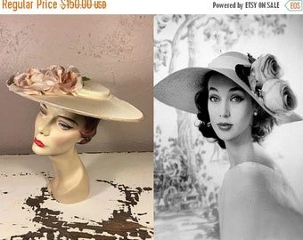 Anniversary Sale 35% Off These Roses Follow Me Everywhere - Vintage 1950s Ivory Portrait Platter Wide Brim Hat w/Mauve Pink Velvet Rayon Ros