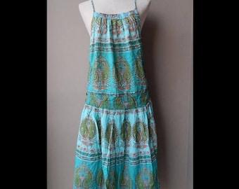 70% ON SALE Green Paisley Print Jumper Dress Waist up to 36