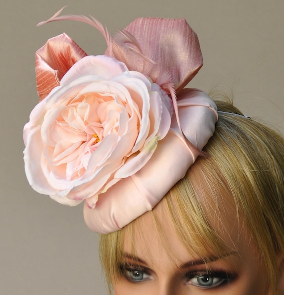 Kentucky Derby Fascinator, Wedding Fascinator, Derby Hat, Wedding Hat, Peach Fascinator, Ascot Hat, Occasion Hat