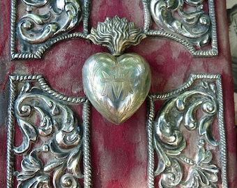1800s Rare Petite Antique French Silver Religious Flaming Heart Reliquary, offered by RusticGypsyCreations