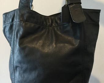 Cool Vintage COACH Made in USA B4-796-81 Cowhide Large Bucket Bag