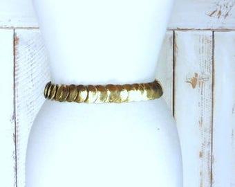 Gold metal conch style 70s statement belt/stretchy/elastic gold round disc metal belt/Southwestern/boho belt