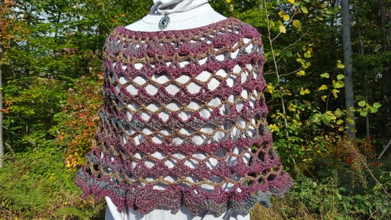 Amazing hand crocheted 70's retro poncho, country wedding accessory, bridesmaid cover up, leggings accessory