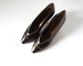 Yves Saint Laurent Heels - 1980s avant garde designer vintage leather pumps - size 7