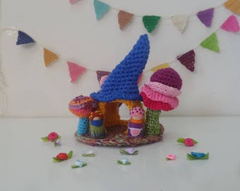 Gnome couple and their home, Crochet home miniature, Tiny people and house toy, Play set, House and tree, Crochet cottage