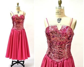 SALE Vintage 80s Prom Dress in Pink Small Sequin Dress// 80s Party Dress Pink Sequin Dress Small Barbie Pageant Drag Queen Alyce Design J16