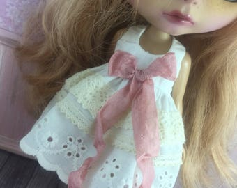 Blythe Ribbon Lace Dress - Cream with Dusty Rose