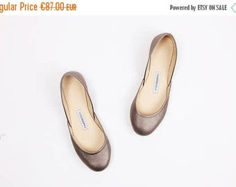 Summer Sale The Metallic Ballet Flats in Bronze Chrome | Ready to Ship