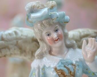 Figural Candelabras, Pair of Candelabras, Courting Couple Candelabras, Romantic Decor, Dresden Porcelain, Ernst Bohne Söhne, Germany, c1800s
