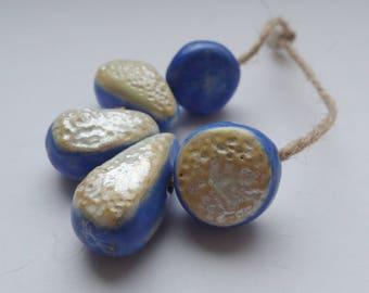 Sweet air -- a set of 5 art ceramic beads