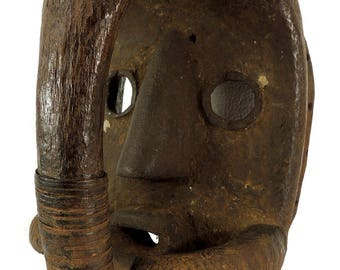 Dan Mask Deangle with Hand Covering Liberia African Art 113026
