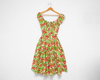 90's dress: novelty print, apple and blossom pattern, red and green, corset dress, country style, peasant dress, summer, S, M, L.