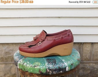 Birthday Sale Vintage Leather Wedge Heeled Loafers By Dexter Size 7 Euro 37-38 UK 5