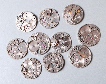Lot of 10 Vintage watch movement, watch parts. (n2)