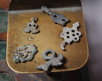 Lot of 5 antique parts, plates, connectors, findings, parts, dark  patina