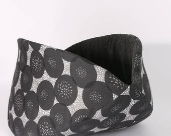 Cat Bed, bed for large cats, grey and black cotton fabric, black cat bed, cotton pet bed, the Jumbo Cat Canoe