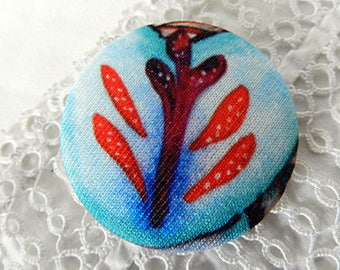 Button in blue and red leaf fabric, 40 mm / 1.57 in
