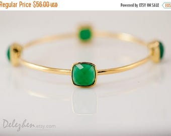 40 OFF - Green Onyx Bangle-  Green Onyx Bracelet - Gemstone Bangles - Stacking Bangles - Gold Bracelets
