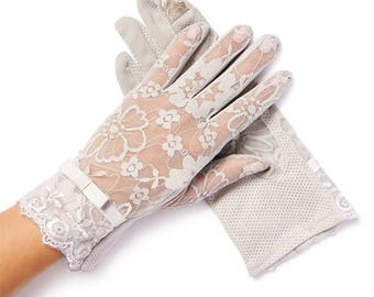 "Gray Lace Gloves - ""Amelie"" Vintage Lace Gloves"