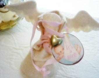 Baby Shoe with Wings It's a Girl !! Vintage Baby Gift