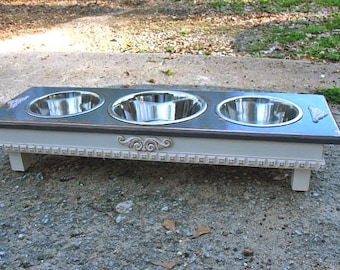 Distressed Gray & Antique White, Elevated Dog Feeder, Cottage Chic, Pet Feeding, 2 Two Qt, 1 Three Qt, Stainless Bowls Made to Order
